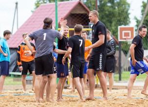 """""""Jēkabpils kausā"""" pludmales handbolā triumfē """"Trigers Black Hawks"""" un """"Latgols"""""""
