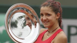 """""""French Open"""" junioru titulus iegūst Francija un Šveice"""