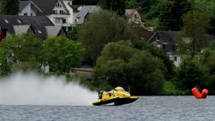 Slakteris sezonu sāk ar uzvaru F2 sacīkstēs Vācijā