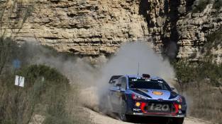 Pēc drāmas pēdējā ātrumposmā WRC finālposmā uzvar Noivils