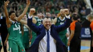 """Jasikēvičs noraida """"Raptors"""" asistenta darbu, paliks pie """"Žalgira"""" stūres vēl vienu sezonu"""