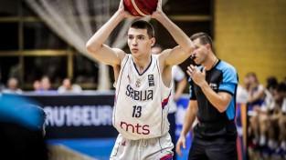 Novadījis Eiropas U16 čempionātu, Ozols beidz tiesneša karjeru