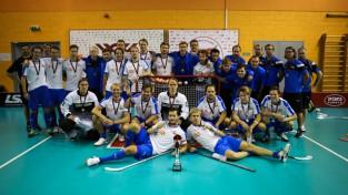 """Zelta medaļas un """"Latvian Open 2018"""" kausu izcīna """"Esport Oilers"""""""