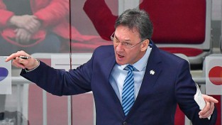 "Svetlovs saglabā KHL kluba ""Admiral"" galvenā trenera amatu"