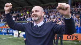 Skotijas izlases vadīšanu pārņem Klarks