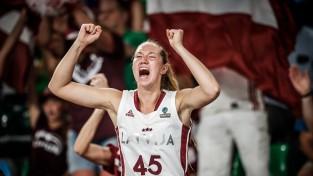 Māsām Strautmanēm 22 punkti, Latvijas jaunatne paņem <i>visu banku</i>