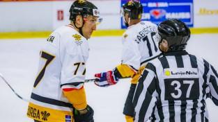 Uga Dumpis par infektoloģiski visbīstamāko sporta veidu uzskata hokeju