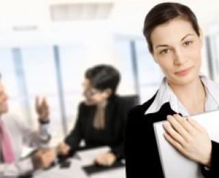 Kā likumā definēta pašnodarbinātā persona?