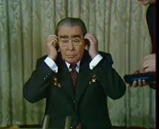 Video: Unikāli kadri- Brežņeva uzruna PSRS iedzīvotājiem Jaunajā 1979.gadā