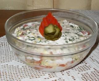 Kārtainie salāti ar vasaras garšu