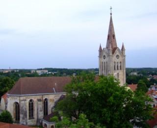 Baptistu dziesmu svētkos Cēsīs vāks atbalstu Svētā Jāņa baznīcas restaurācijai