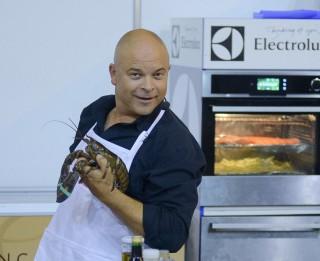 """No lietišķiem kontaktiem līdz gastronomiskiem baudījumiem izstādē """"Riga Food 2017""""!"""