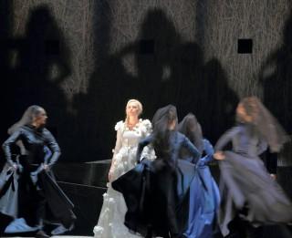 """Leģenda par Maijas mīlestību no jauna atdzīvosies Zigmara Liepiņa operas """"Turaidas Roze"""" jauniestudējumā Latvijas Nacionālajā operā"""