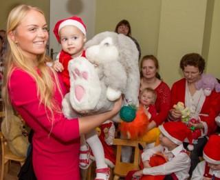 Natālija Tumševica – Ērgle ielūdz uz Ziemassvētku labdarības vakaru