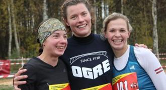 Foto: Carnikavā izcīna Latvijas čempionāta medaļas krosā