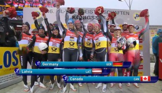 Foto: Latvijas kamaniņu stafetes komanda iegūst pasaules sudrabu
