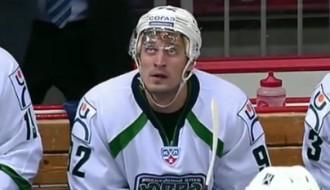 Video: Krievu hokejists atkārto Indraša meistarstiķi