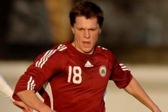 Latvijas izlase 15 vīru sastāvā aizvadījusi pirmo treniņu