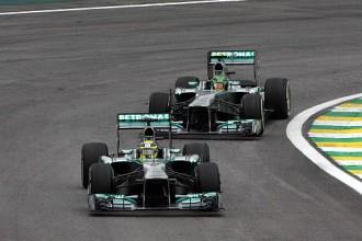 Rosbergs ātrākais treniņbraucienos Beļģijā, Čiltona sponsori nokārto situāciju
