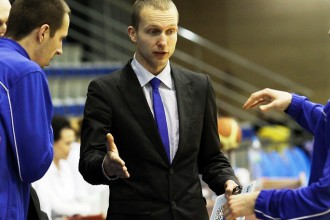 LU ceturtdaļā gūst trīs punktus un zaudē Igaunijas komandai