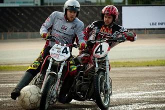 Pēc 30 gadu pārtraukuma motobola spēli Biķerniekos apmeklē teju 1000 skatītāju