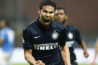 """""""Inter"""" divreiz atspēlējas trakā galotnē, """"Juventus"""" zaudē pirmos punktus"""