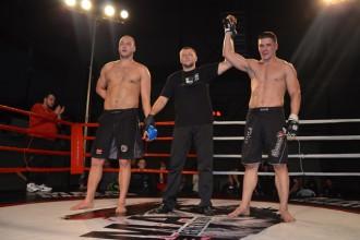 Eiropas čempions Andrejs Zozuļa uzvar savu skatītāju priekšā