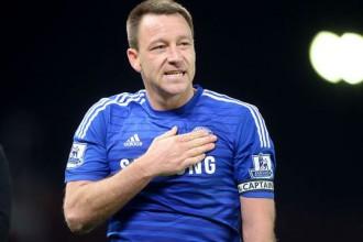 """""""Chelsea"""" pagarina līgumu ar komandas kapteini Teriju"""