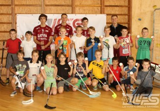 Foto: Junioru izlases kandidāti viesojas Lielvārdes pamatskolā