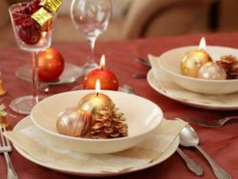Foto: Idejas Ziemassvētku galda servēšanai un rotāšanai