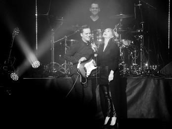 """Foto: Sākusies Aijas Andrejevas jaunā albuma """"Mēs pārejam uz Tu"""" koncertturneja"""