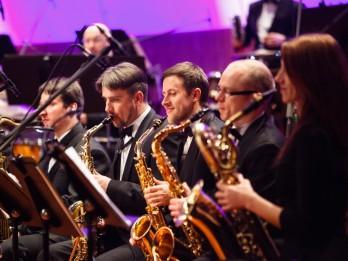 """Orķestris """"Rīga"""" piedāvā trīs koncertprogrammas dažādās Rīgas koncertzālēs"""