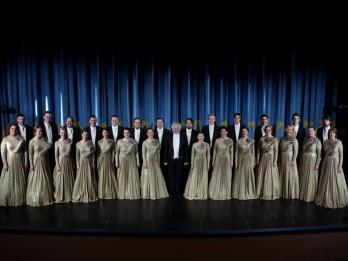 """Krāšņi izskanējis Rīgas kamerkora """"Ave Sol"""" 50 gadu jubilejas sezonas ieskaņas koncerts"""