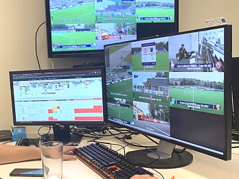 Videospeciālists: Philips Brilliance 329P9H IPS monitors — liels un komunikabls