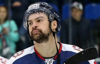 Daugaviņam rokas kaula lūzums un KHL sezona galā