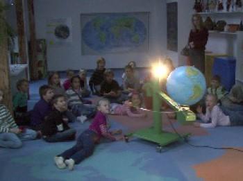 Video: Labākā dabas mācības stunda- klases ekskursija Dabas muzejā