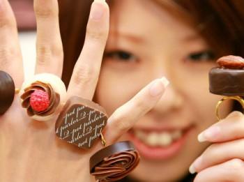 Mīļotajam dāvanā rozā apakšbikses jeb kam un ko Valentīndienā dāvina Japānā