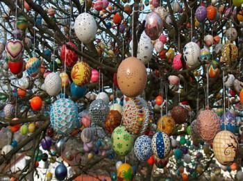Pašu rokām darinātas, skaistas un greznas olas Lieldienām. 8 interesantas idejas