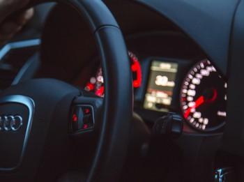 Kā iespējams samazināt auto apdrošināšanas izmaksas?