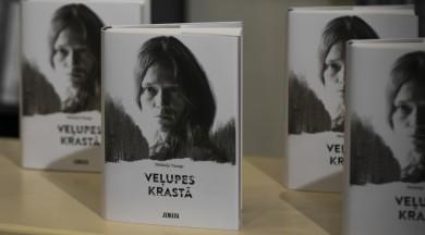 """Melānijas Vanagas autobiogrāfiskā grāmata """"Veļupes krastā"""" atgriežas Latvijas grāmatnīcu plauktos"""