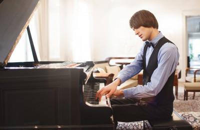 Pianists un komponists Vestards Šimkus par mākslu, telpu un komerciju