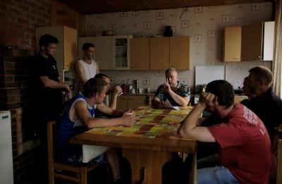 """Ivars Zviedris ar filmu """"Zāģeri"""" devies Latvijas tūrē"""