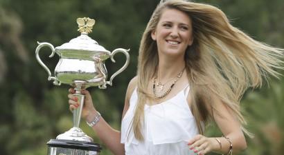 "Divkārtējā čempione Azarenka saņem ""Australian Open"" <i>wild card</i>"