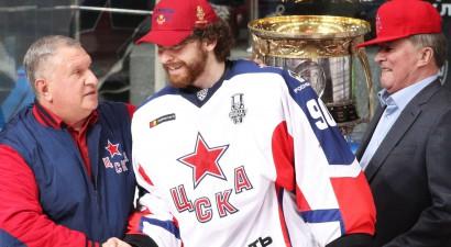 CSKA spēlētāji Sorokins, Robinsons un Grigorenko - KHL fināla labākie