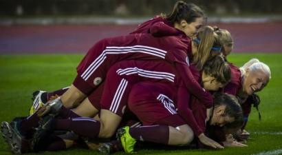 16 gadus vecā Gricienko pirmoreiz tikusi starp Latvijas sieviešu futbola izlases kandidātēm
