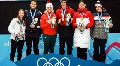 Ungārijas/Kanādas komanda uzvar jaukto pāru turnīrā Jaunatnes spēlēs