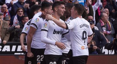 """""""Valencia"""" sagādā pirmo zaudējumu """"Barcelona"""" Setjēna vadībā"""
