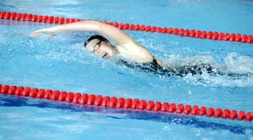 Ņikitina labo Latvijas rekordu arī 50 metru distancē brīvajā stilā