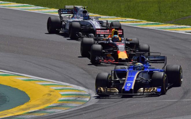 F1 jaunie īpašnieki sola pārsteigumus