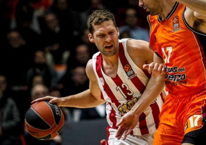 """Strēlnieks ar deviņiem punktiem palīdz """"Olympiacos"""" uzvarēt Grieķijas līgas spēlē"""